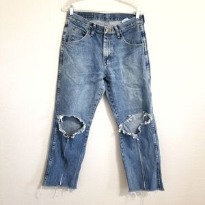 Wrangler Distressed DIY Jeans Size 30